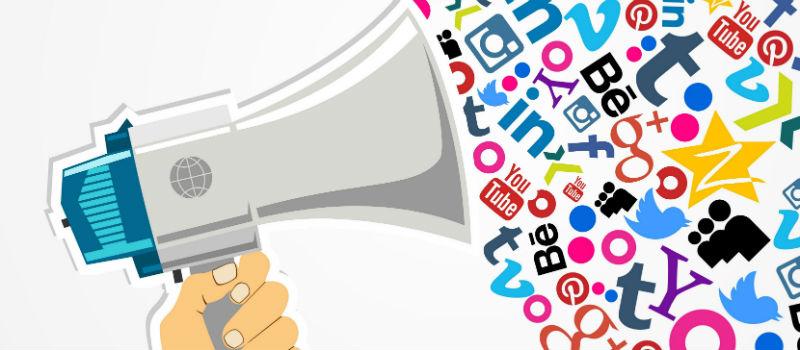 megáfono redes sociales