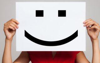 cartel sonrisa dibujada